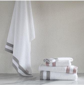 Toalha Lavabo Buddemeyer Luxus Blend Branco c/ aplicação Rosa Mescla